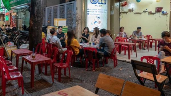 Phố nhậu Sài Gòn đìu hiu, dân nhậu 'trăm phần trăm' bằng nước ngọt