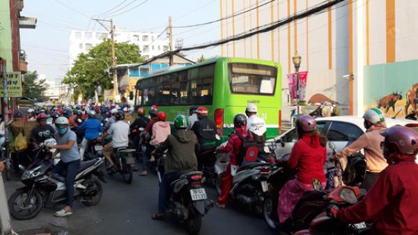 Dịch COVID-19: TP Hồ Chí Minh dừng toàn bộ hoạt động xe buýt từ 0h ngày 1/4