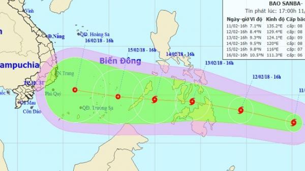 Bão Sanba giật cấp 10-12 vượt Philipines hướng vào biển Đông