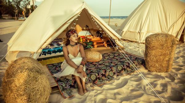 Trải nghiệm cắm trại sang chảnh trên bãi biển ở Bình Thuận