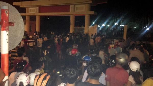 Tạm giữ 102 người quá khích đập phá trụ sở công quyền ở Bình Thuận