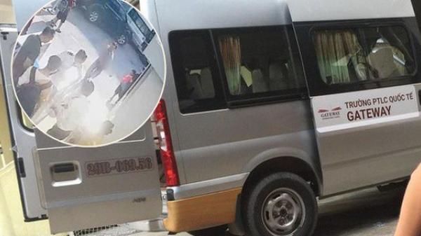 Vụ cháu bé lớp 1 t.ử v.ong trên xe đưa đón: Chiếc áo màu đỏ cháu mặc khi lên ô tô đến trường đang ở đâu?