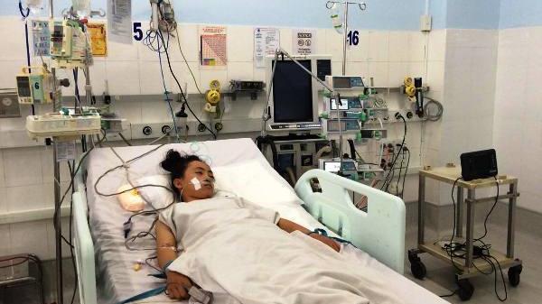 Cứu sống bé 12 tuổi người Bình Thuận suýt ngừng thở vì xe c.ấ.p c.ứ.u bị tắc đường