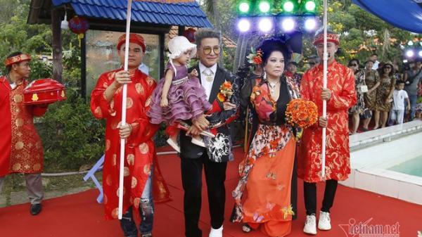 'Bà trùm' Thúy Nga làm đám cưới lần thứ 10 với MC Thanh Bạch
