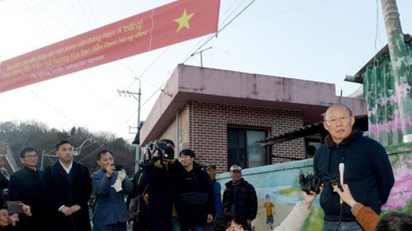 """Bật cười với lời chào U23 Việt Nam theo cách của """"chị Google"""" tại quê nhà HLV Park Hang-seo"""