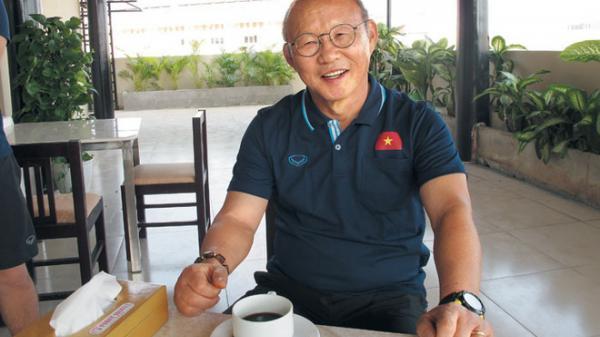 Thầy Park trải lòng với báo Hàn: 'Sự nổi tiếng ở Việt Nam rồi cũng tan dần như sương khói'