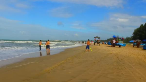 Nhóm sinh viên từ TPHCM ra Bình Thuận tắm biển, 1 người chết đuối