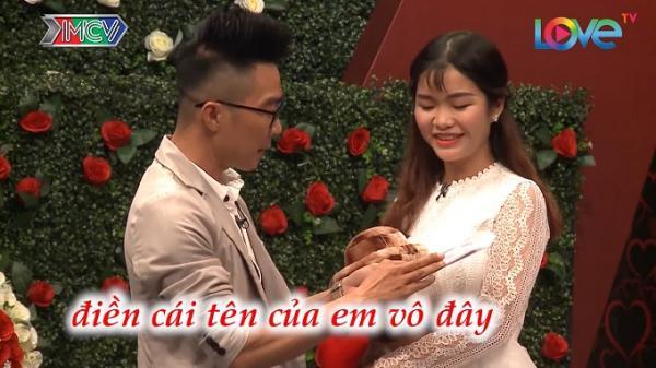 Mang 'bản cam kết' đi tỏ tình, chàng trai Cà Mau tán đổ nữ y tá