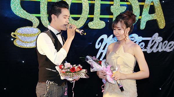 Lắng đọng giai điệu ngọt ngào trong đêm nhạc Mộng tình của hot girl đất Mũi Trang Ý Thơ và ca sĩ Hiền Trí