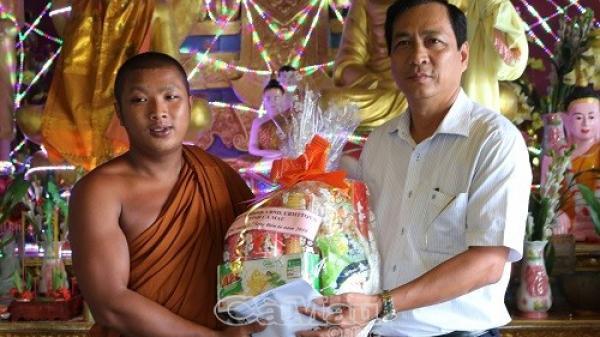 Chúc mừng lễ Sene Đolta tại huyện Trần Văn Thời và Thới Bình