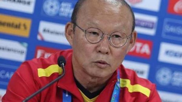 HLV Park Hang-seo: 'Đặng Văn Lâm không đứng đúng vị trí'
