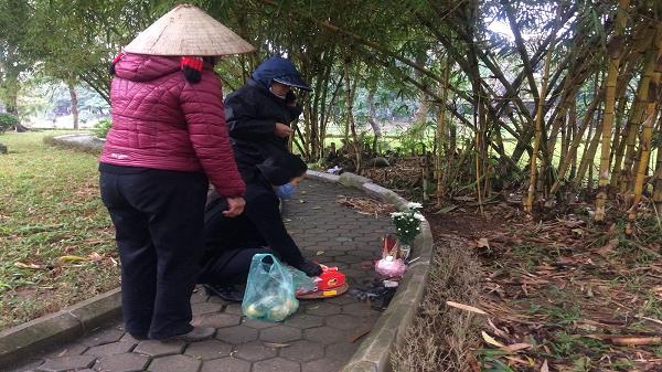 """Hoàn cảnh của cô gái t.ử vong lõa thể trong công viên: """"Tội nghiệp, mẹ mới mất chưa được 49 ngày"""""""