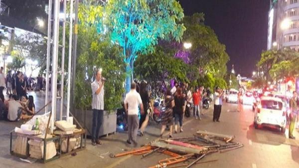 Cứ cuối tuần là các loại xe không được vào đường Nguyễn Huệ