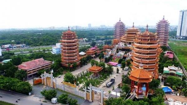 Bạn có biết ngôi chùa có nhiều tòa tháp nhất Sài Gòn?