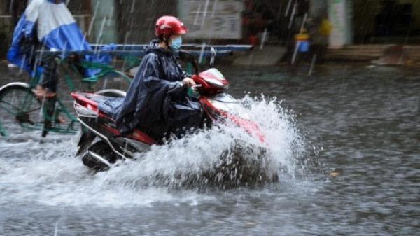 """Bắc Bộ sắp đón mưa lớn """"giải nhiệt"""", nắng nóng giảm dần từ ngày mai"""
