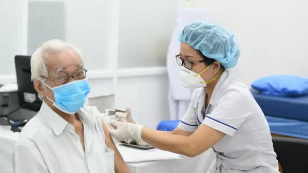 Không tiêm vắc-xin Moderna cho người đã tiêm mũi 1 AstraZeneca