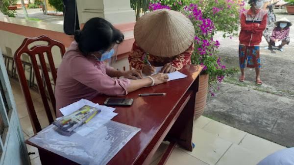 Đồng Tháp trả lời về chính sách hỗ trợ gạo cho người dân