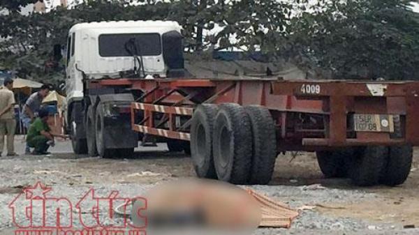 Người phụ nữ Cần Thơ bán vé số bị xe container cán tử vong