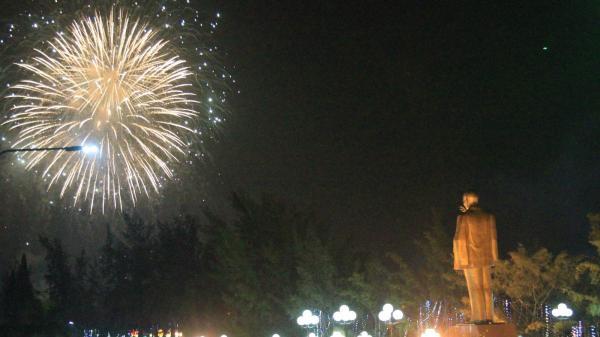 Thành phố Cần Thơ tưng bừng đón năm mới Mậu Tuất 2018