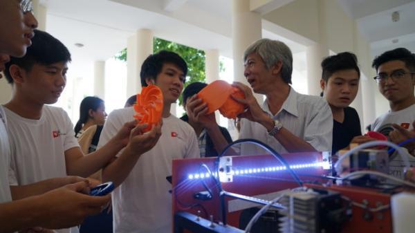 Tấm lòng của người sáng chế chiếc máy in 3D độc đáo ở TP. Cần Thơ