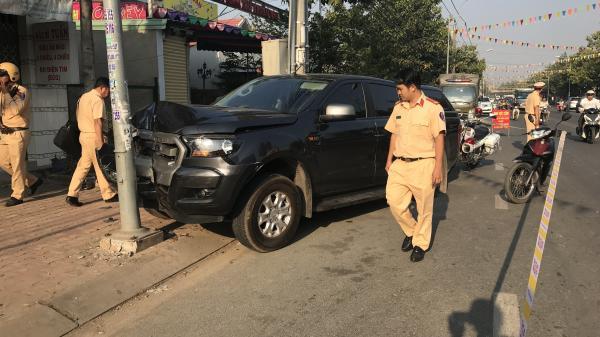 Nóng: Hàng chục cảnh sát truy đuổi gắt gao 'xe bán tải tông văng CSGT' của đối tượng ngụ Cần Thơ và đồng bọn