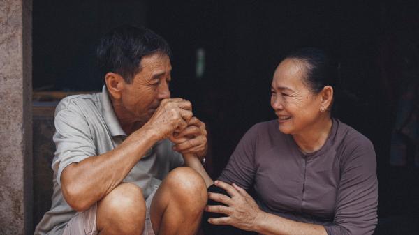 """LỊM TIM với bộ ảnh tình yêu """"Khi chúng già đi"""" được chụp ở huyện Thới Lai - Cần Thơ"""