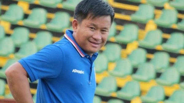 HLV Đinh Hồng Vinh và sức sống mới với bóng đá Cần Thơ