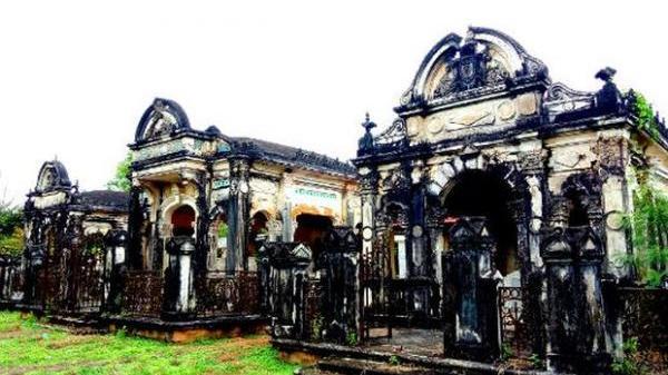 Khám phá quần thể mộ cổ hoành tráng ít người biết ở Phong Điền (Cần Thơ)