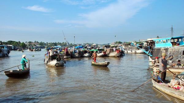 Báo Singapore viết về chợ nổi Cái Răng của Việt Nam