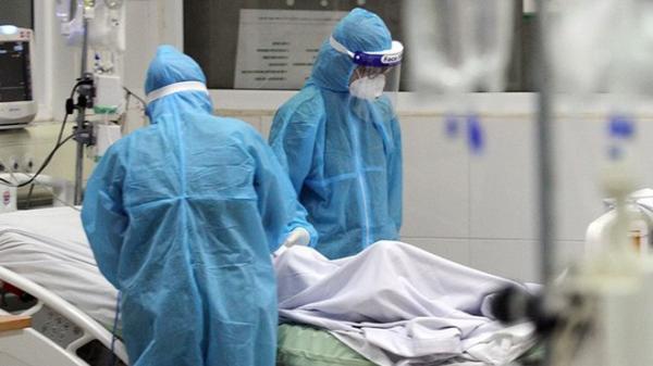 Mang thai tháng cuối vẫn chăm sóc bệnh nhân nhiễm Covid-19, nữ y tá lây bệnh và qua đời sau khi sinh con