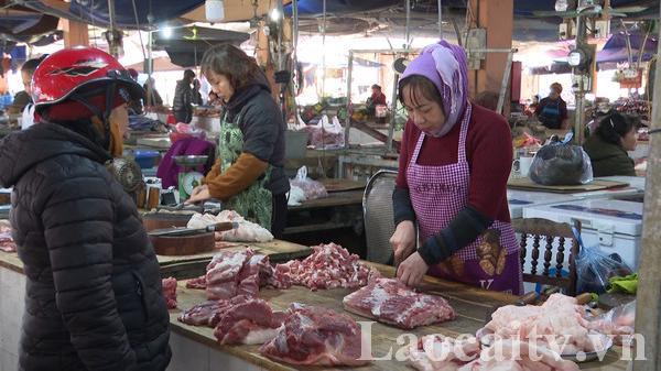 Giáp tết, giá thịt lợn tăng
