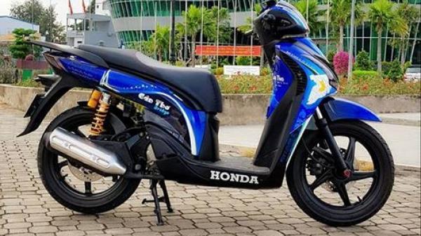 Honda SH 2012 sơn dàn vỏ nổi bật của biker Cần Thơ
