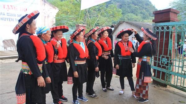 """""""Vật thiêng"""" của phụ nữ dân tộc thiểu số ở Cao Bằng"""