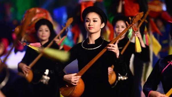 Cao Bằng: Nét đặc sắc trong trang phục người Tày