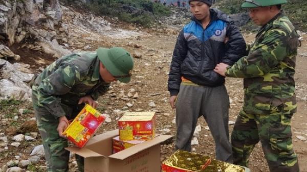 Cao Bằng: Thanh niên vượt biên mua hàng lậu về bán kiếm lời