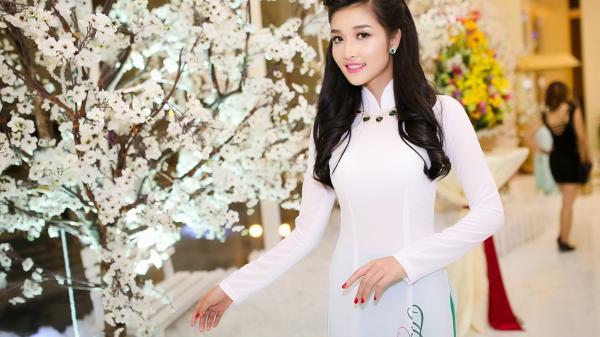 Từ 'Lọ Lem' trở thành Hoa hậu, là may mắn của cô gái Cao Bằng và những người đẹp này hay là cả chặng đường dài nỗ lực?