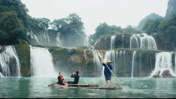 MV của Bích Phương với loạt cảnh quay đẹp ngẩn ngơ tại Cao Bằng nằm trong danh sách đề cử MV của năm 2017
