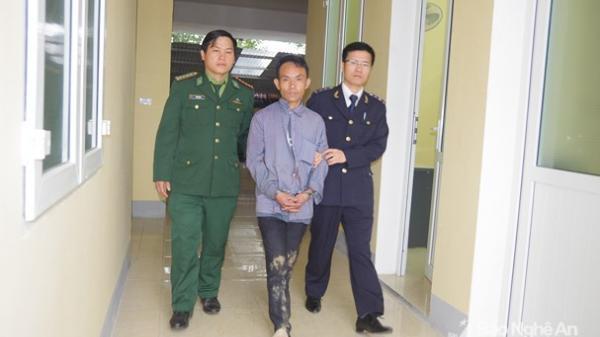 """Trùm ma túy người Mông chọn ngày """"thần tài"""" mang hàng đi tiêu thụ"""