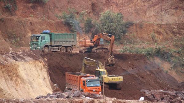 Vụ bán 27 nghìn tấn quặng trái chỉ đạo ở Cao Bằng: Sẽ xử lý nghiêm