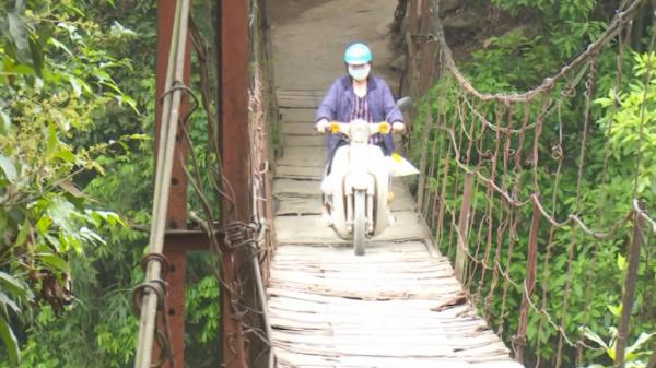 Cao Bằng: Nguy hiểm rình rập từ cầu treo xuống cấp