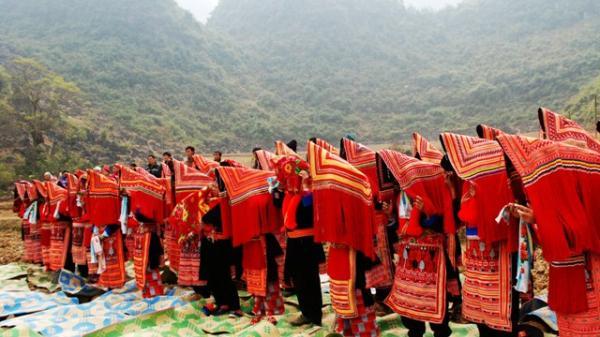 Độc đáo lễ cấp sắc của người Dao Đỏ Cao Bằng
