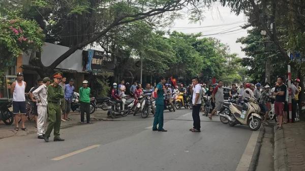 Hà Nội: Xác định danh tính nam tài xế xe tải chạy lùi, cuốn xe máy vào gầm khiến 3 mẹ con tử vong