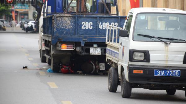 Hành động bất ngờ của lái xe tải sau khi lùi xe khiến 3 người chết ở Hà Nội