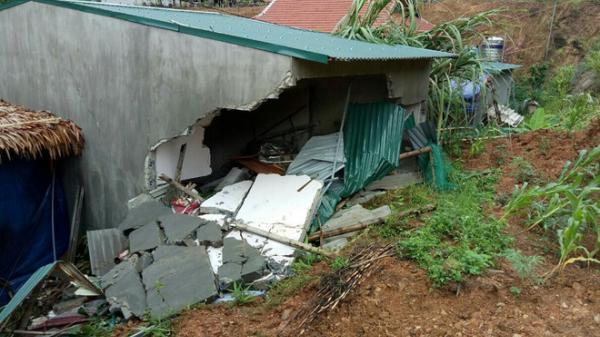 Nóng: Sập nhà trong mưa lớn, bé gái 3 tuổi t.ử vong
