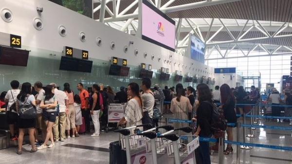 Thông tin mới nhất vụ người đàn ông quê Thái Nguyên ném điện thoại vào mặt nhân viên hàng không gây thương tích