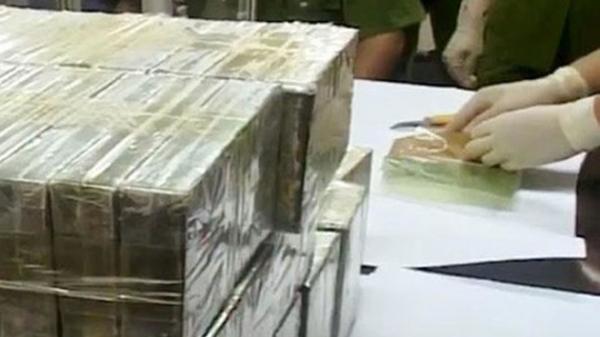 Lực lượng Công an thu giữ gần 900 kg heroin, bắt giữ 288 bánh heroin tại Cao Bằng