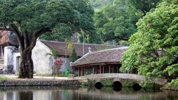 Chùa Thầy - địa điểm dã ngoại tuyệt vời ngay gần trung tâm Hà Nội