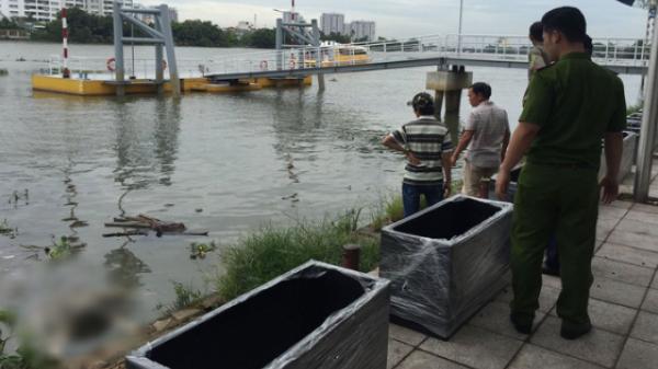 Tá hỏa phát hiện thi thể người đàn ông nổi trên sông lớn đang trong quá trình phân hủy