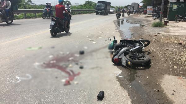 Hà Nội: Tai nạn KINH HOÀNG, anh trai tử vong tại chỗ, người em thất thần trước sự việc xảy ra quá nhanh