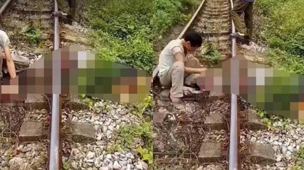KINH HOÀNG: Người đàn ông bị tàu hỏa cán lìa đầu sau và chạm
